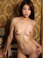 sexy jaoanese girls Ayaka Minamino