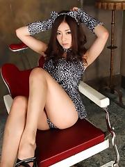 Minori Hatsune Showing Cute Tits