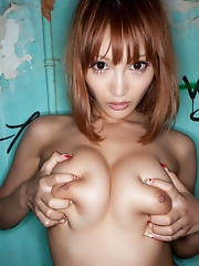 Kirara Asuka With a Nice Bubble Butt
