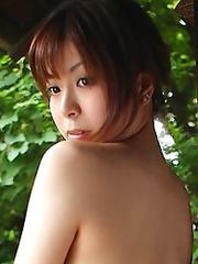 Sexy and busty japan idol Miu Aikawa in kimono