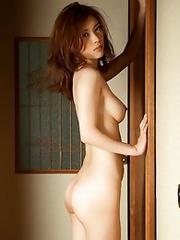 Hot and Sexy Japanese av idol Yuria Ashina shows her fit naked body
