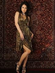Maria Ozawa tempting and posing.