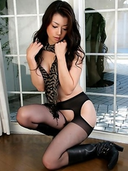 Sayuri Shiraishi wears hot lingerie