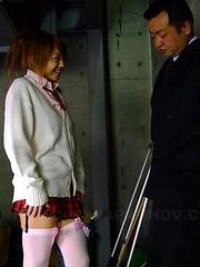 Rui Hazuki gives head on parking