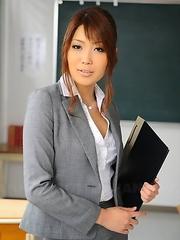 Yuno Hoshi poses as a hot teacher