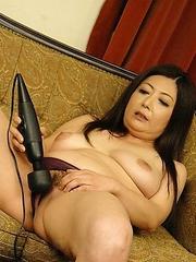 Ayano Murasaki enjoys in two dicks